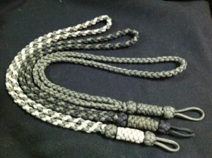 Easy Paracord Neck Lanyard Tutorials