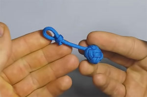 How to Make Paracord Ball Keychain