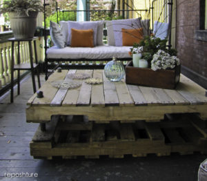 Industrial Look Pallet Coffee Table