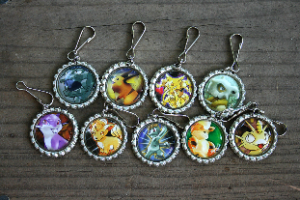 Make Bottle Cap Picture Keychains DIY
