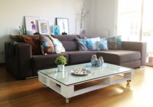 Make Pallet Coffee Table with Glass Top