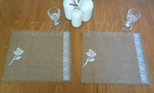 No Sew Burlap Placemats with Lace