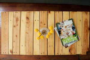 Pallet Coffee Table with Legs Tutorial Pictures