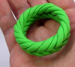 Paracord Braid Ring Spanish Knot