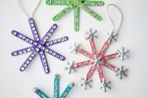 DIY Popsicle Stick Snowflake