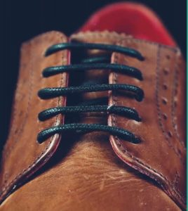 Proper Way to Lace Dress Shoes