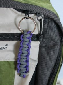 Simple Paracord Zipper Pull