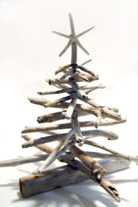 Decorate Driftwood Christmas Tree