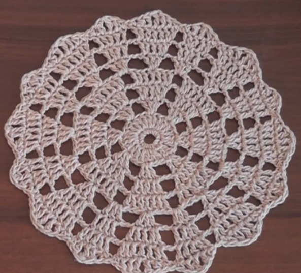 37 DIY Crochet Doily Patterns | How to Crochet Doilies Tutorials