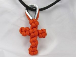 Easy Paracord Cross