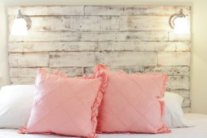 How to Make Pallet Headboard