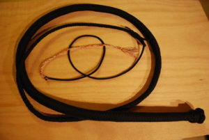 How to Make Paracord Bullwhip