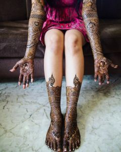 Intricate Mehndi Design for Hand Legs