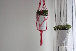 Macramé Plant Hanger Instructions