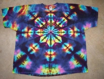 70077013f4f1 65+ DIY Tie Dye Shirts Patterns with Instructions