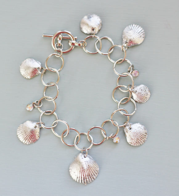 22 Amazing DIY Seashell Bracelet Ideas