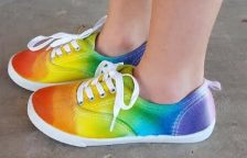 Tie-Dye-Shoes-with-Sharpies