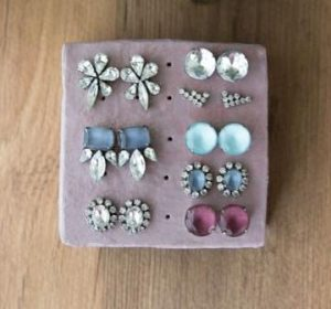 Earring Stand Holder