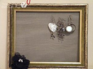 Mesh Earring Holder