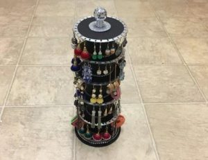 Rotating Earring Holder
