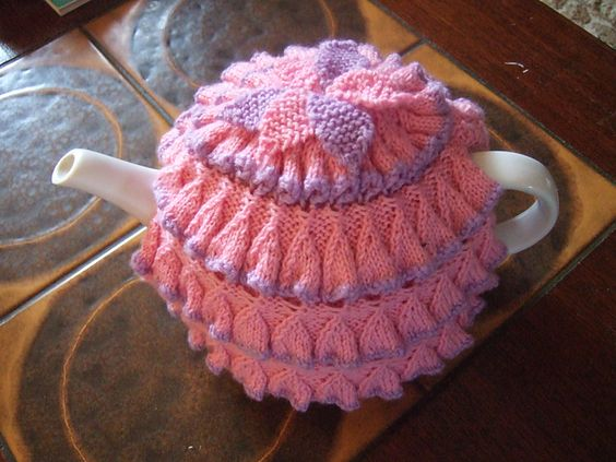 45 Free Tea Cozy Patterns | Knitted Tea Cosy