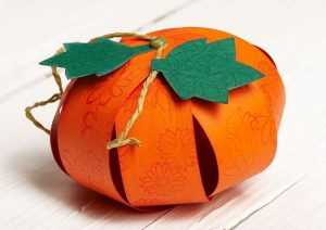 Make 3D Paper Pumpkin