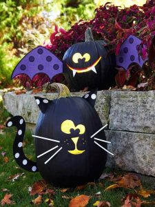 Cat Painted Pumkin Design
