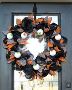 Geo Mesh Eyeball Wreath