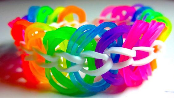 35 Cool Ways To Make Rainbow Loom Bracelets Designs And