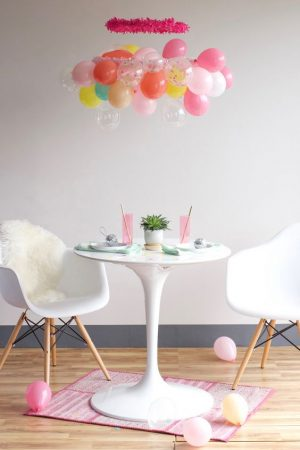 Balloon Chandelier Instructions