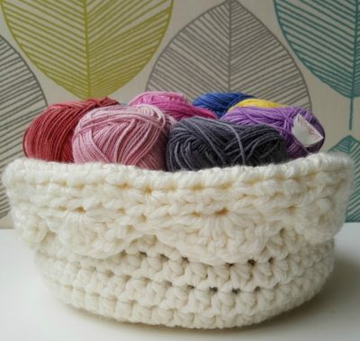 Crochet Scallop Basket