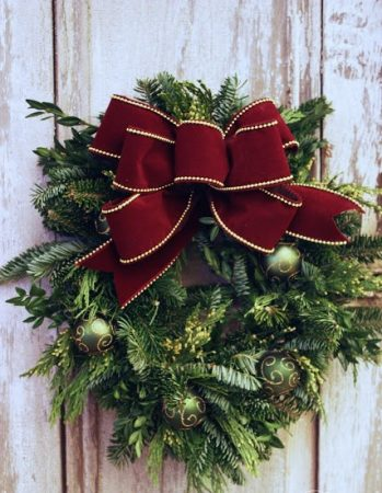 How to Make a Bow for Christmas Wreath