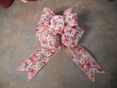 Wreath Bow with Unwired Ribbon