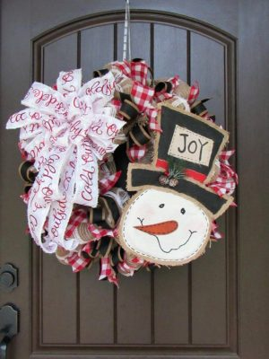 Burlap Snowman Wreath Tutorial