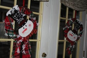 Easy Snowman Wreath Instructions