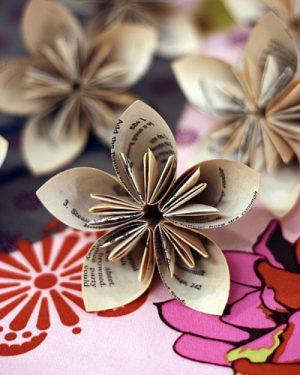 Newspaper Flowers Origami