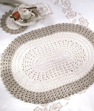 Crochet Oval Placemat